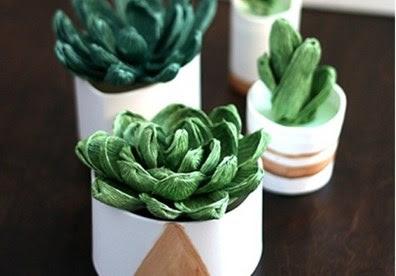 Chậu hoa sen đá handmade từ giấy nhún